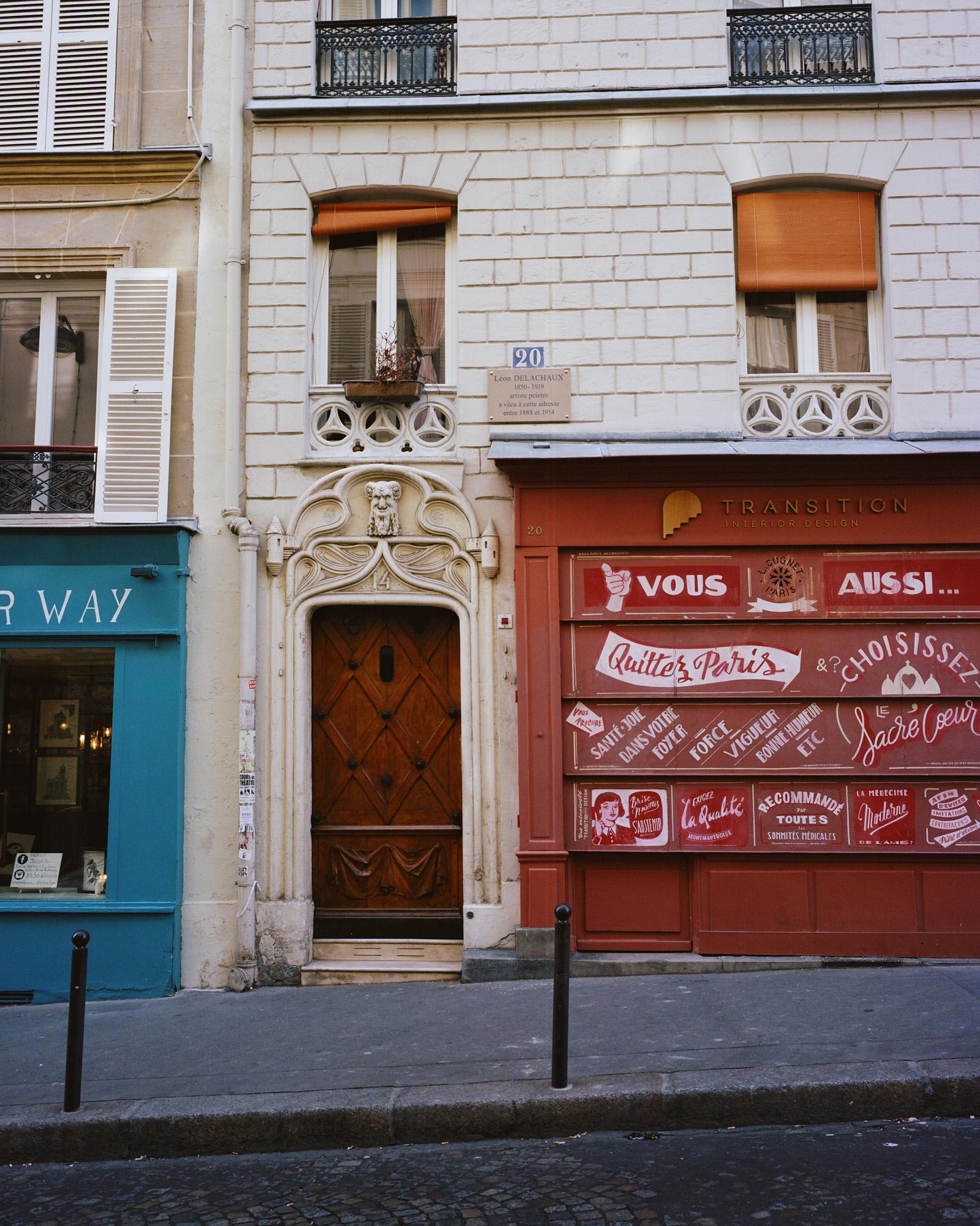 Façade du 20 rue Durantin, à Montmartre